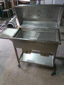 grill nierdzewny 1 225x300