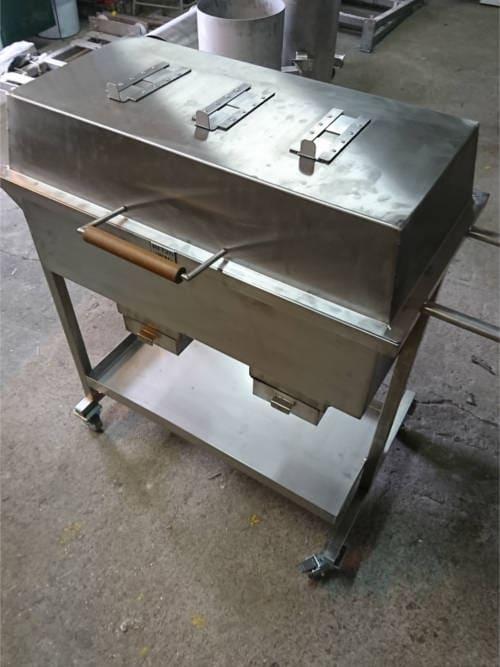 grill nierdzewny 2